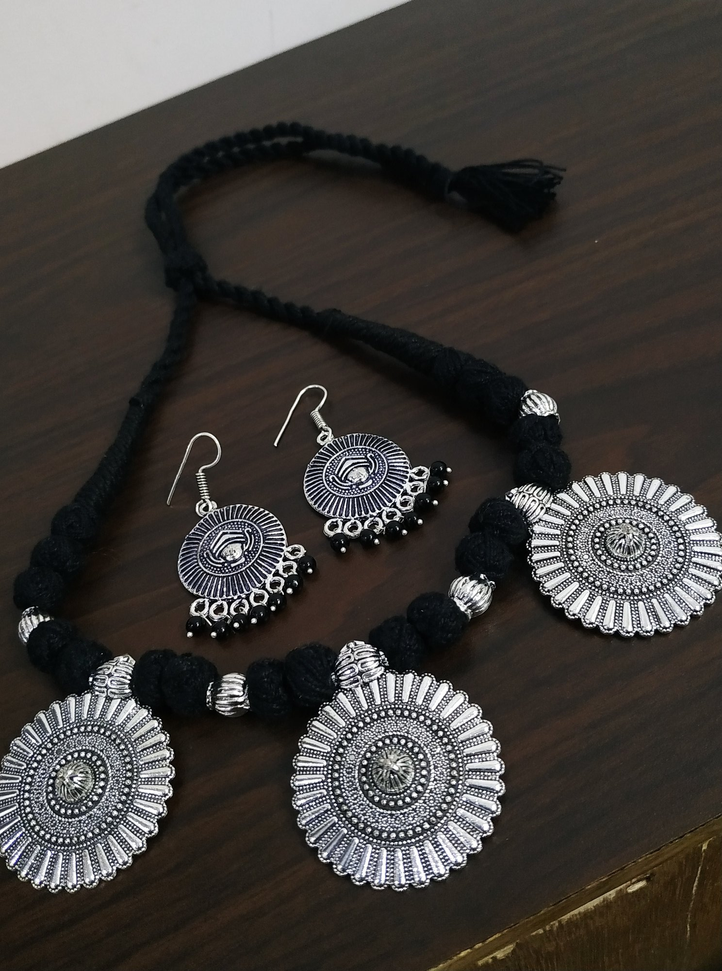 Classic Thread Oxidised Necklace Set