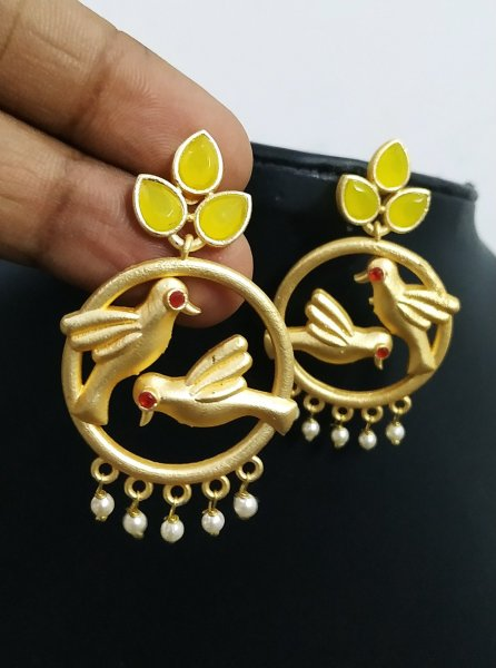 Exquisite Matt Gold Parrot Earrings