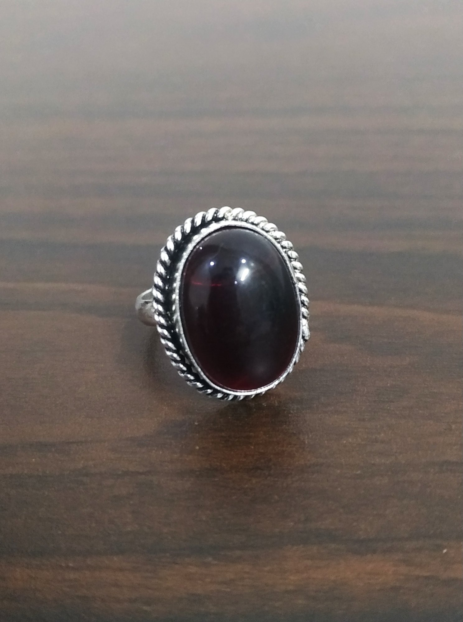Attractive Stone Adjustable Finger Ring