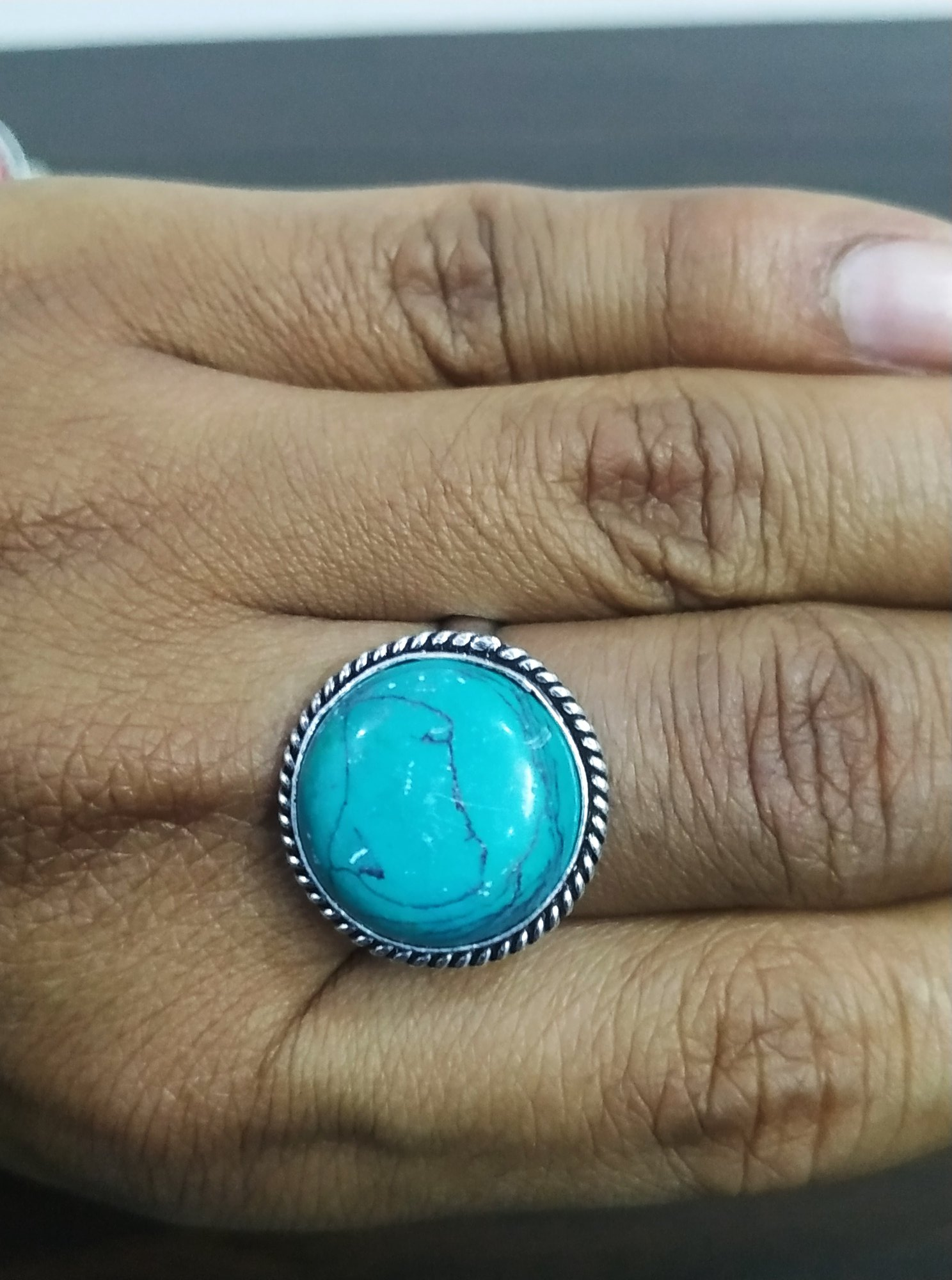 Pretty Finger Adjustable Stone Ring