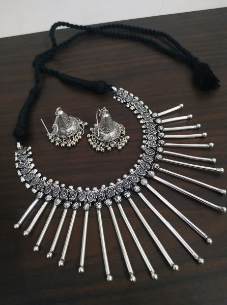 Royal Spike Oxidised Necklace Set