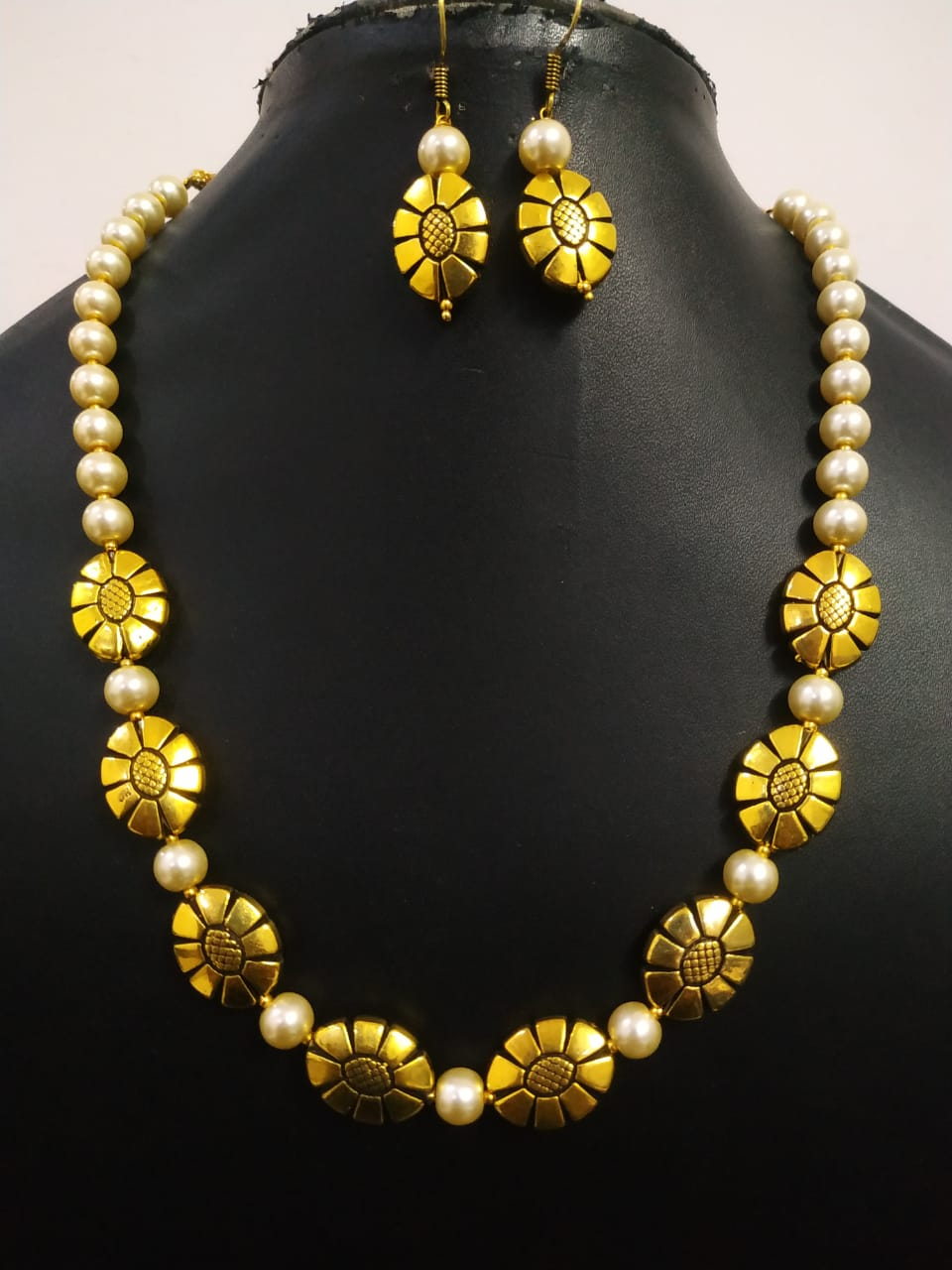 Elegant Golden Oxidised Necklace Set