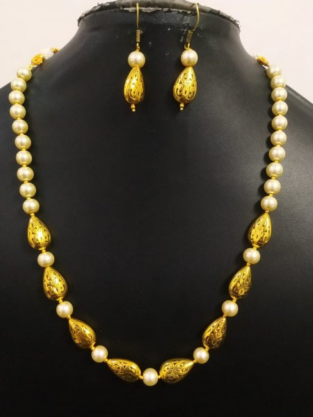 Traditional Golden Oxidized Beaded Necklace Set
