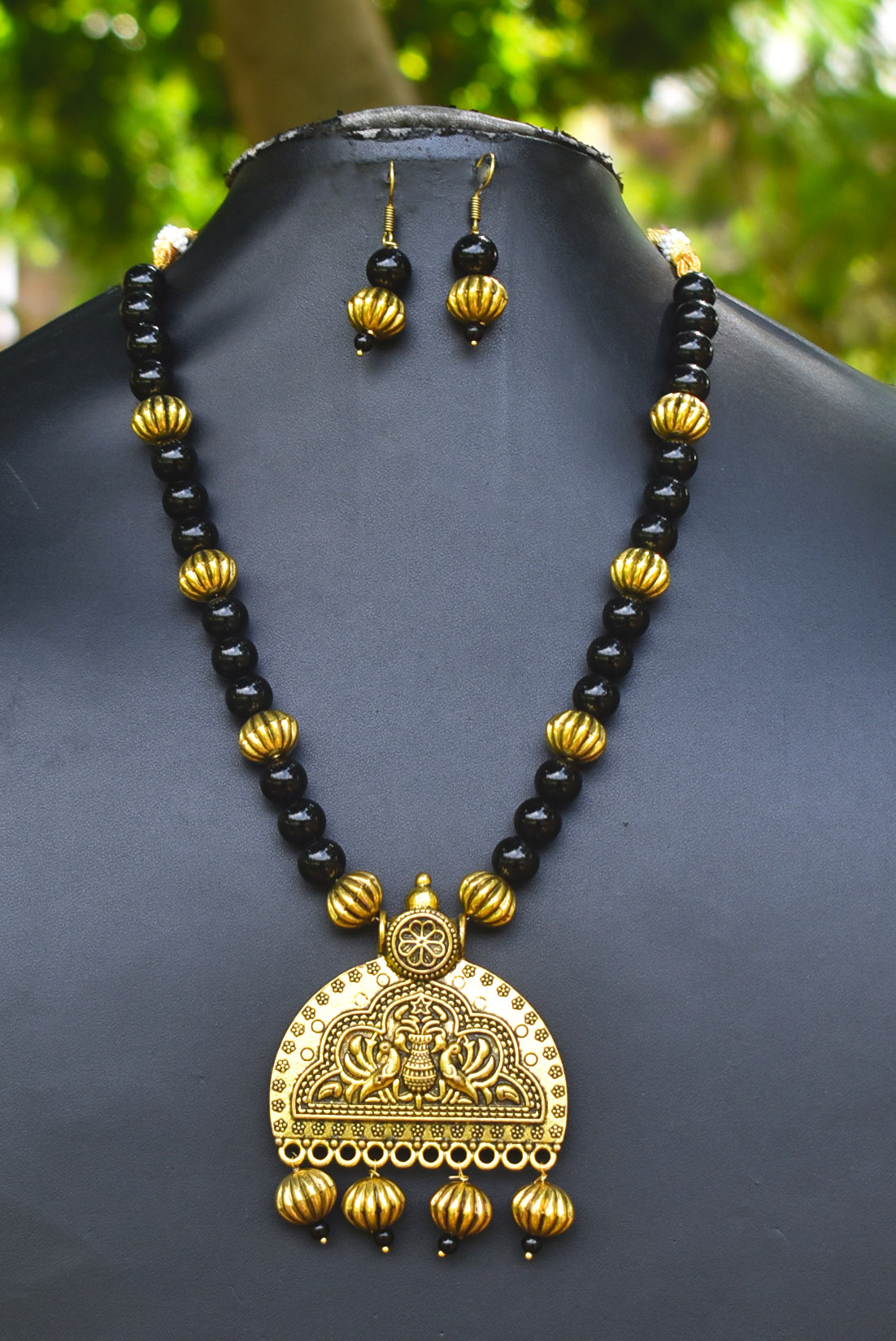 Glorious Beaded Golden Necklace Set
