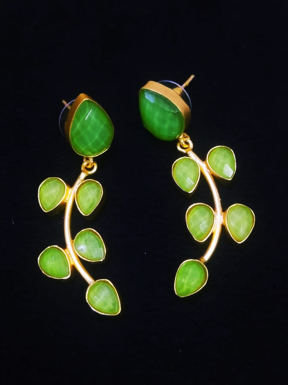 Admirable Handmade Stone  Setting Ethnic Earrings