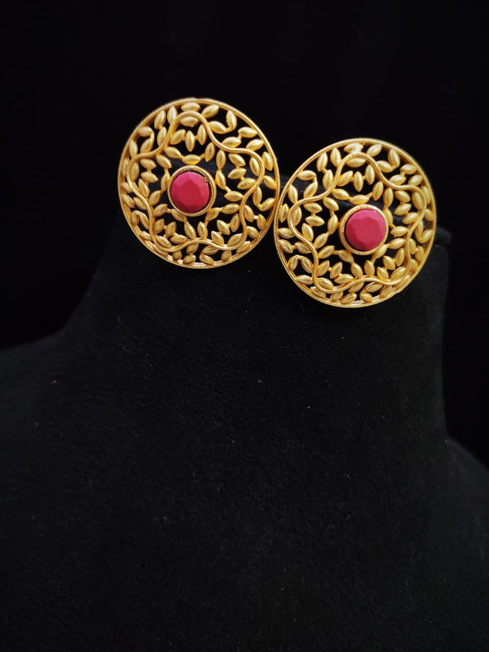 Awesome  Matt Golden Stone Studd Earrings