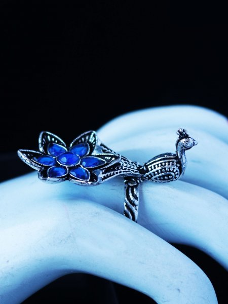 Trendy Oxidised Peacock Stone Ring