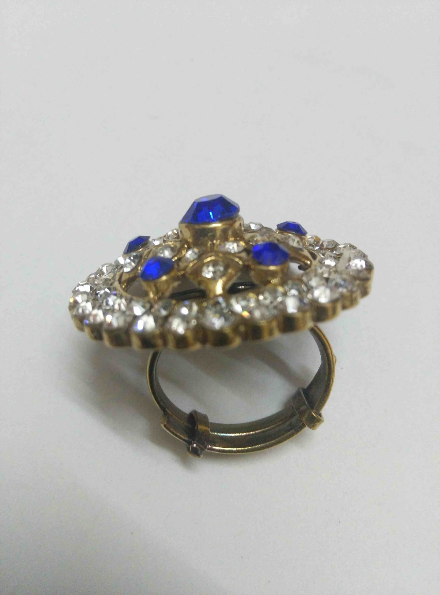 Royal AD Ring --FREE SIZE