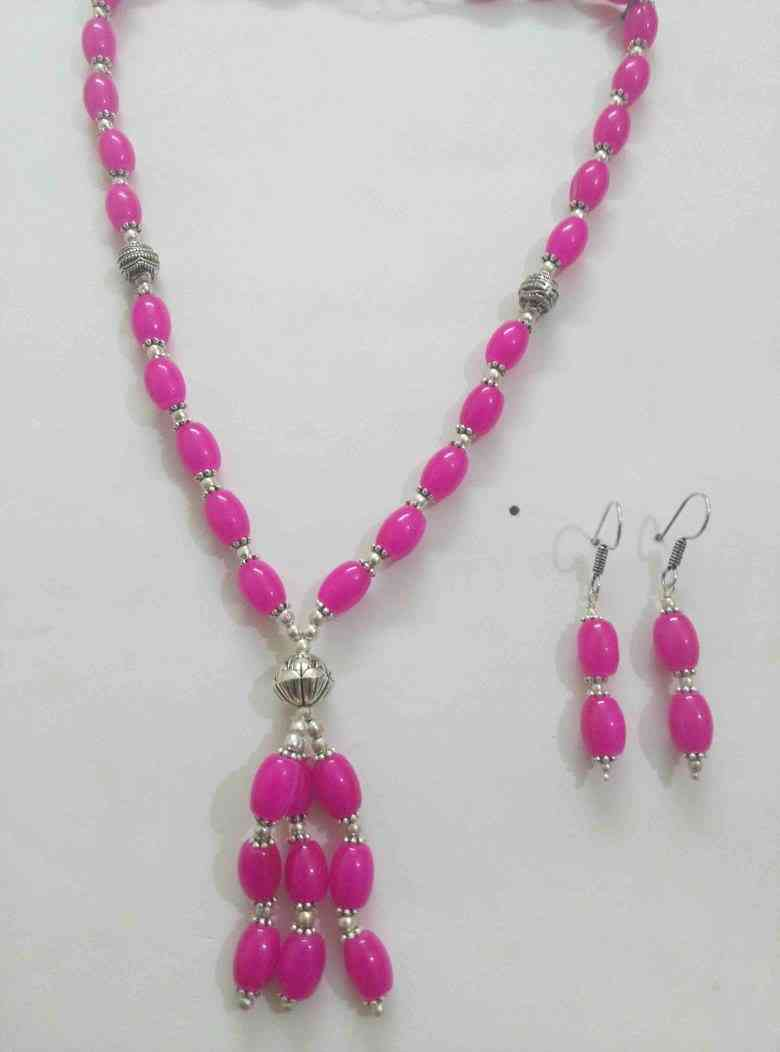 Beautiful Traditional Stone Necklace Set