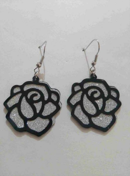 Flower designed Earrings