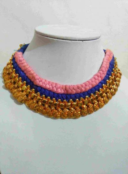 Exclusive Geru Golden Choker Necklace