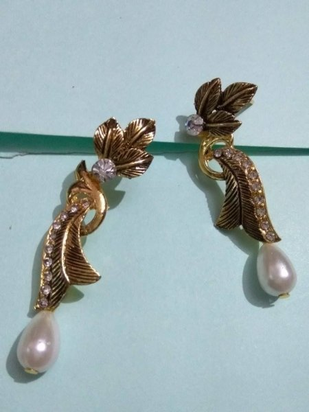 Antique Polished AD Earring