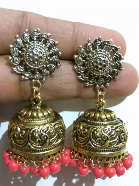Gracious Beaded Golden Jhumka