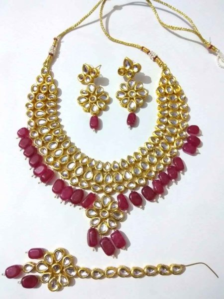 Royal Kundan & Stone Studded Maang Tikka Necklace Set
