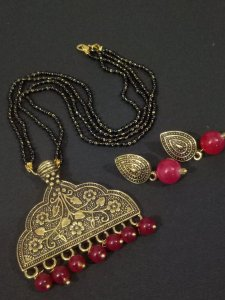 Fascinating golden Mangalsutra Set