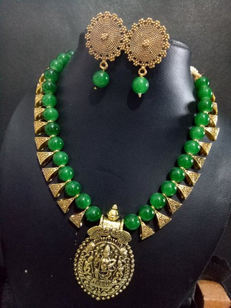 Temple Golden Lovely Necklace Set