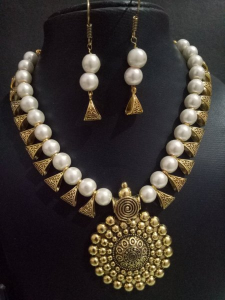 Handmade Golden Necklace Set