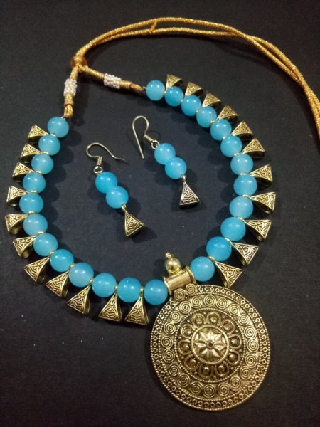 Ethnic Golden Loop Necklace Set