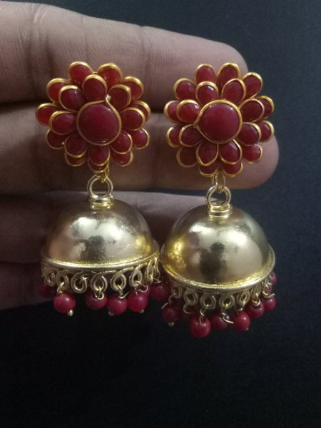 Lovely Pacchi Golden Jhumki
