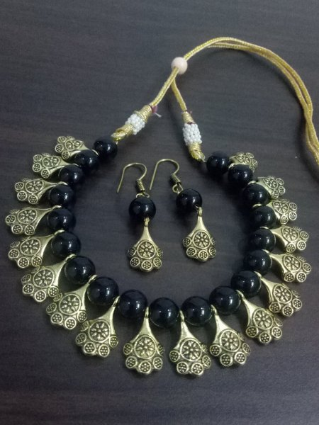 Enchanting Golden Necklace Set