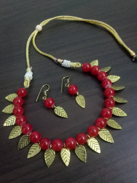 Marvelous Leaf Necklace Set
