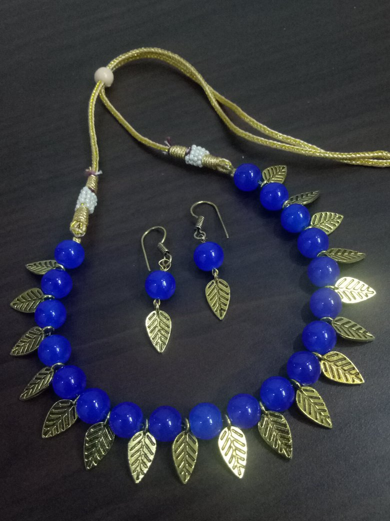 Partywear Trending Leaf Necklace Set