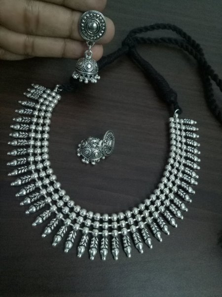 Classy Ball Chain Oxidised Neckles Set