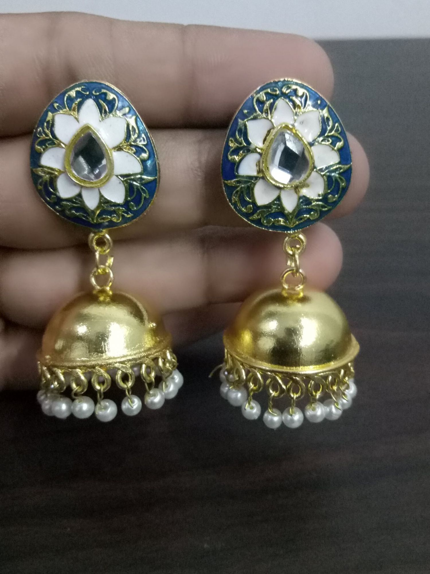 Gorgeous Golden Jaipuri Jhumka