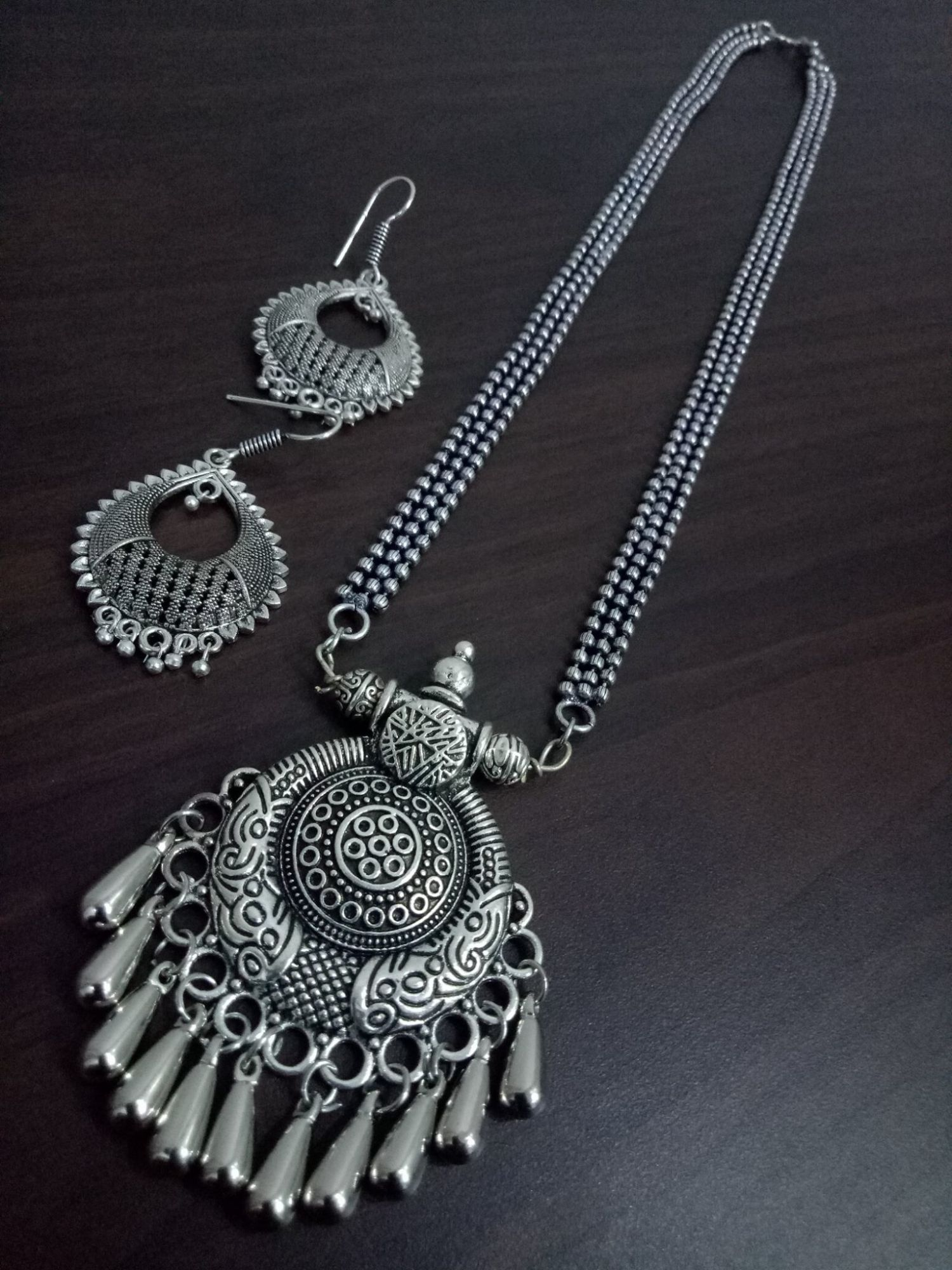 Terrific Oxidised Ball Chain Necklace Set