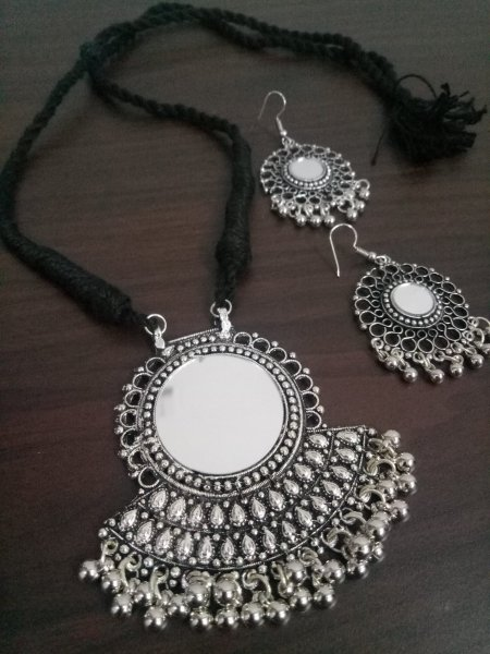 Traditional Rajasthani Mirror Pattern Necklace Set