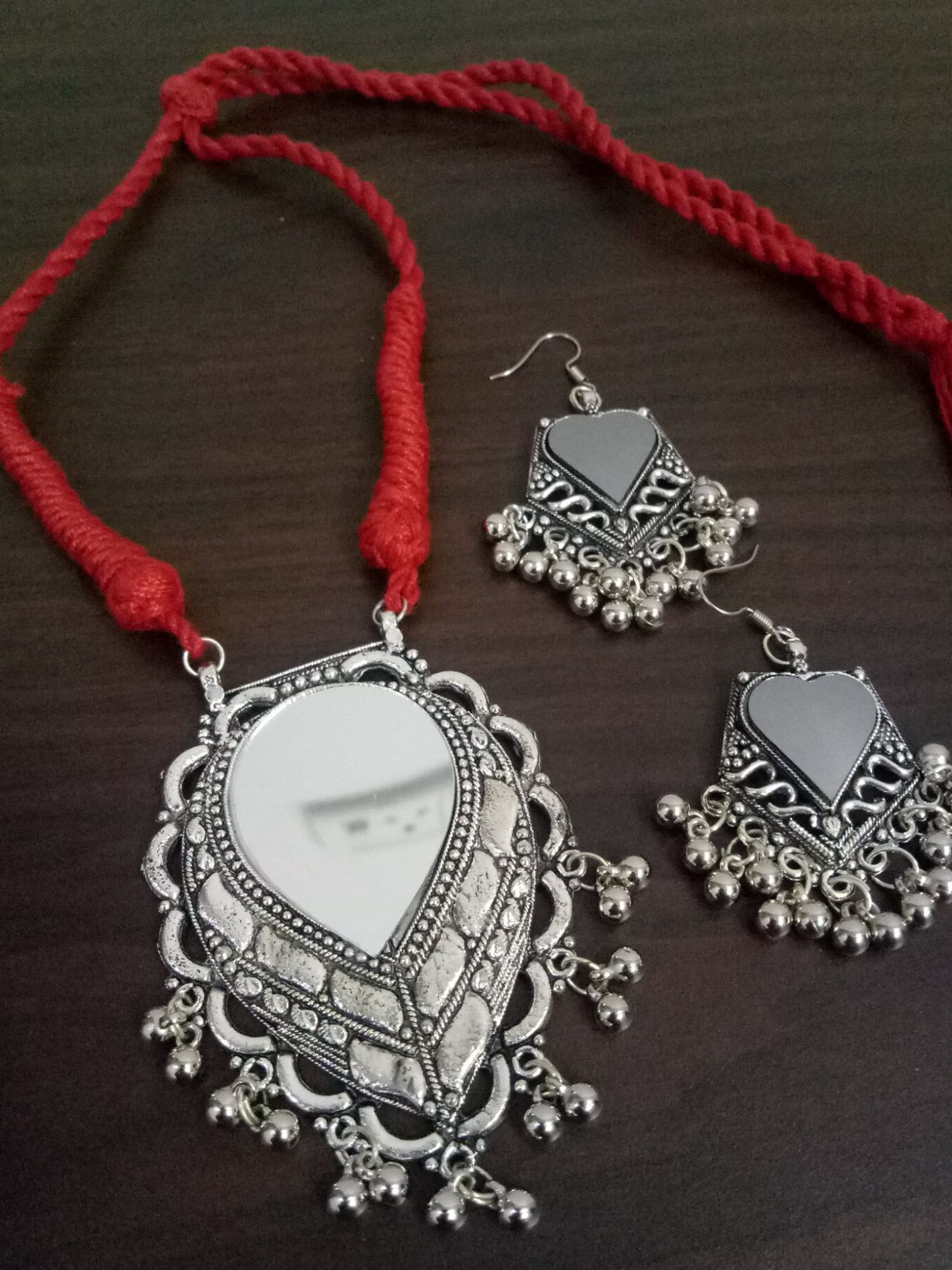 Beautiful Mirror Designed Necklace Set