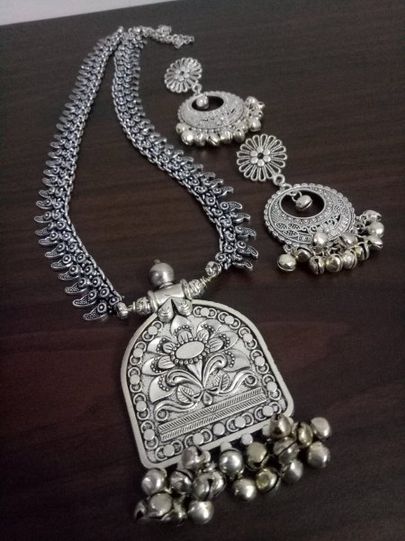 Ethnic Long Rajwada Necklace Set