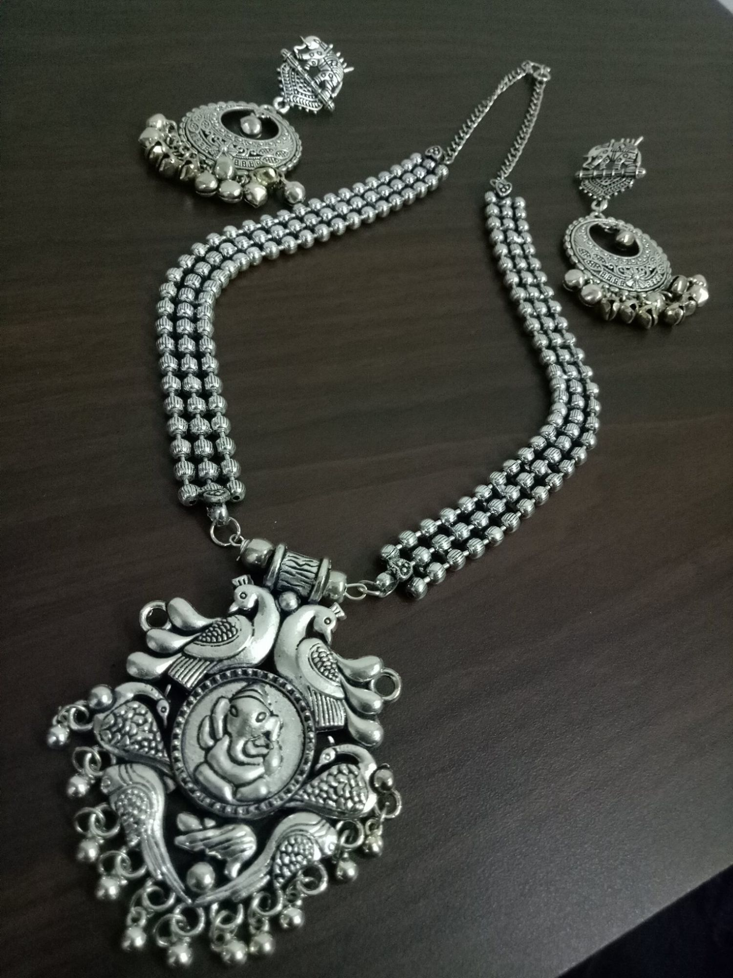 Appealing Ball Chain Ganesha Necklace Set