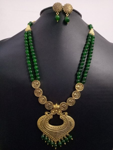 Traditional Antique Golden Pearl Neckalce Set
