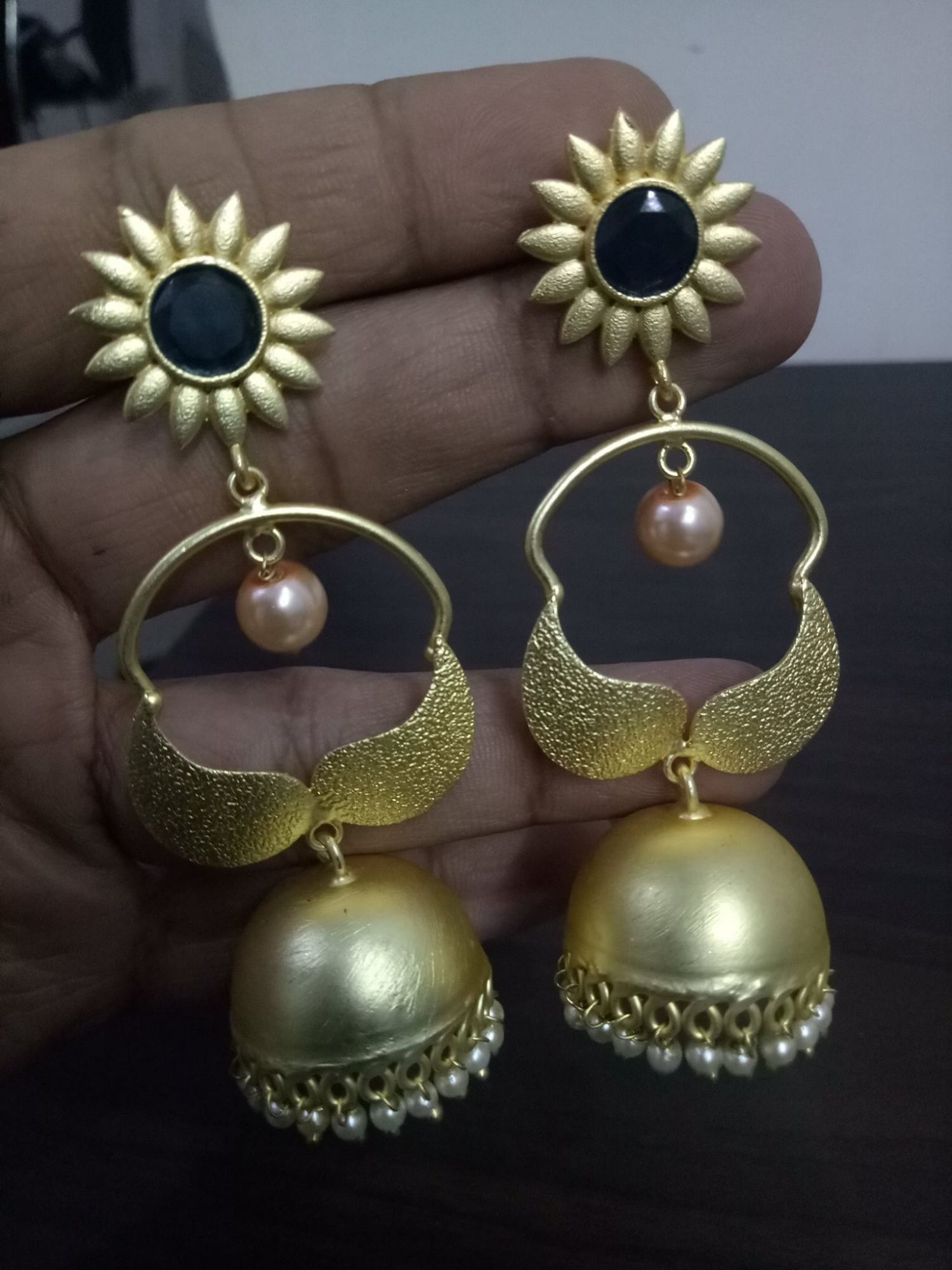 Stylish Golden Jaipuri Jhumka