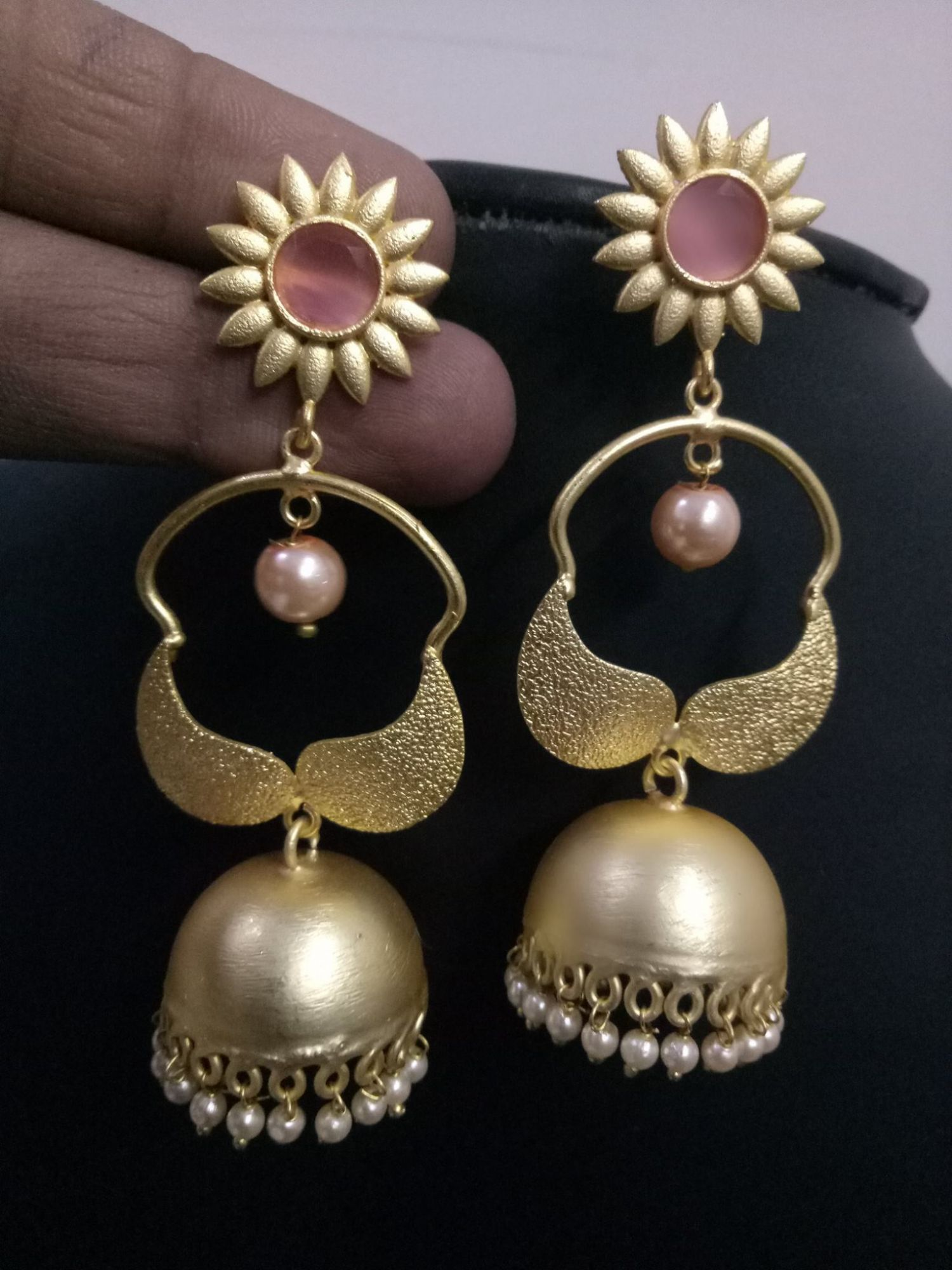 Gorgeous Charming Gold Plated Jhumki