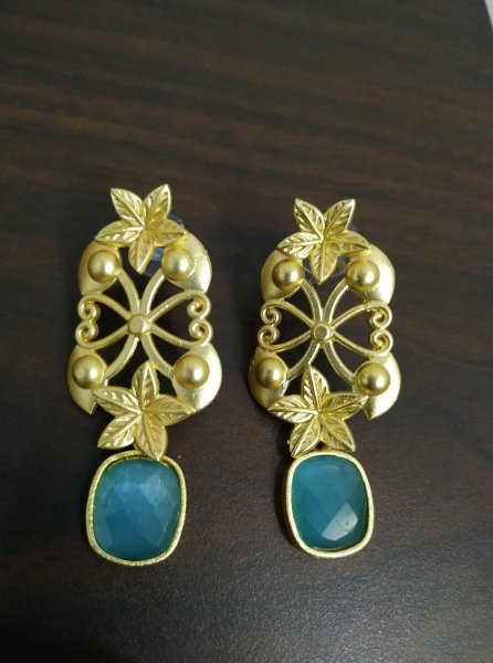 Antique Rose Gold Plated Jaipuri Stone Stuff Earrings