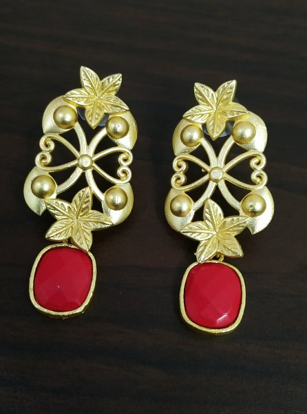 Gorgeous Jaipuri Stone Gold Earrings