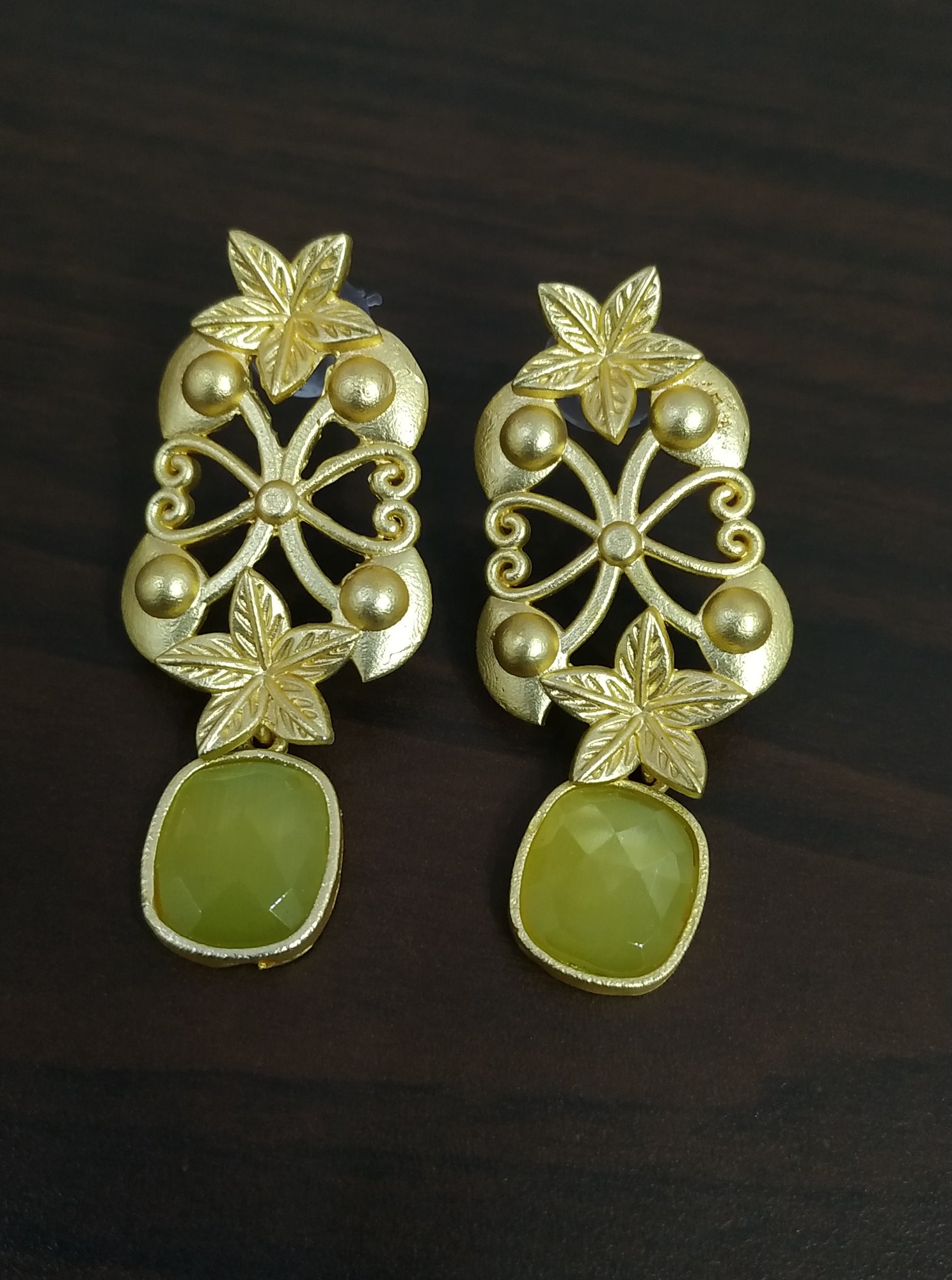 Trendy Traditional Golden Jaipuri Earrings