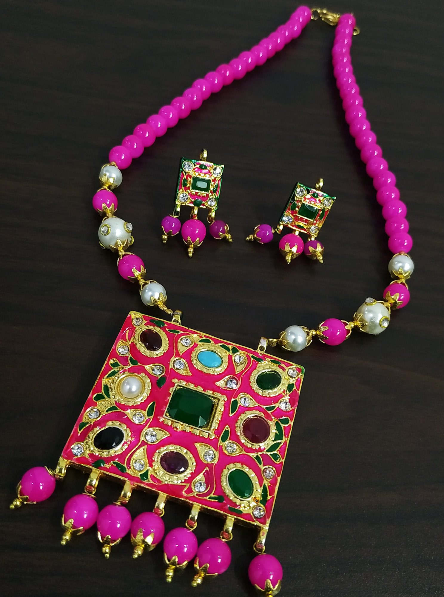 Catchy & Beautiful Ethnic Navratna Stone Necklace Set