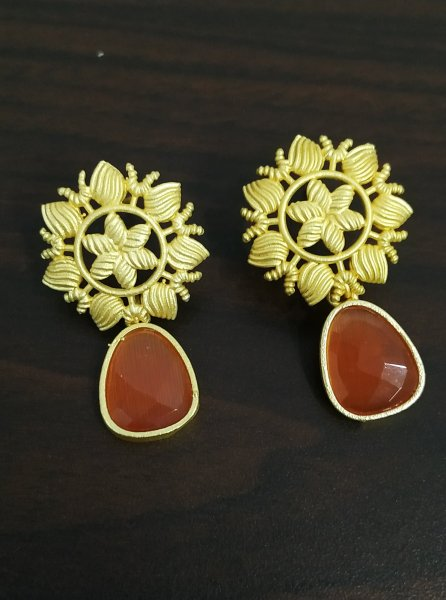 Beautiful Golden Fine Jaipuri Stone Studds