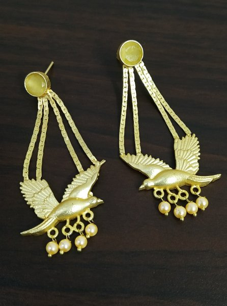 Royal Ethnic Golden Pigeon Earrings