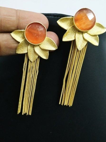 Magnanimous Flower Long Stone Earrings
