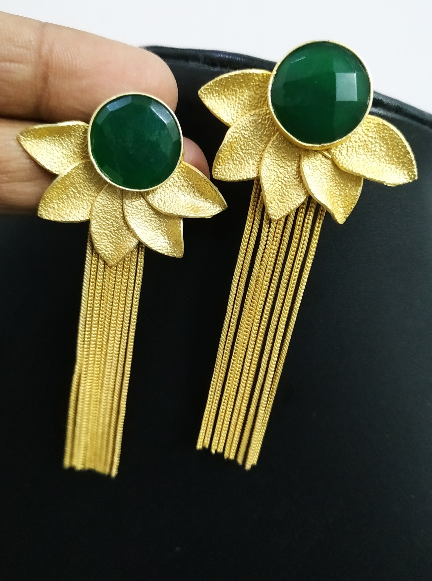 Dazzling jaipuri Golden Latkan Earrings