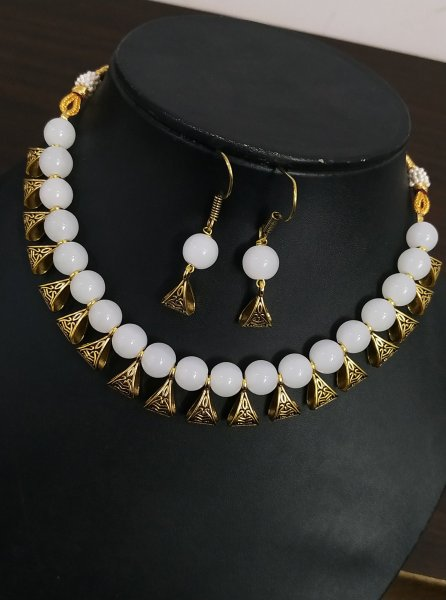 Charming Loop Beaded Necklace Set
