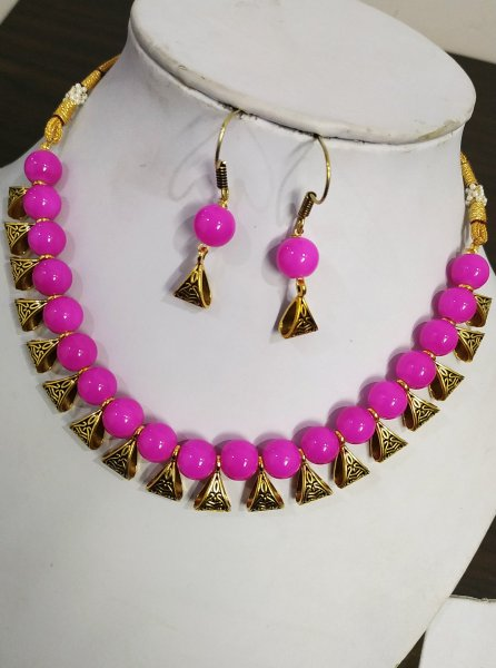 Exquisite Loop Necklace Set