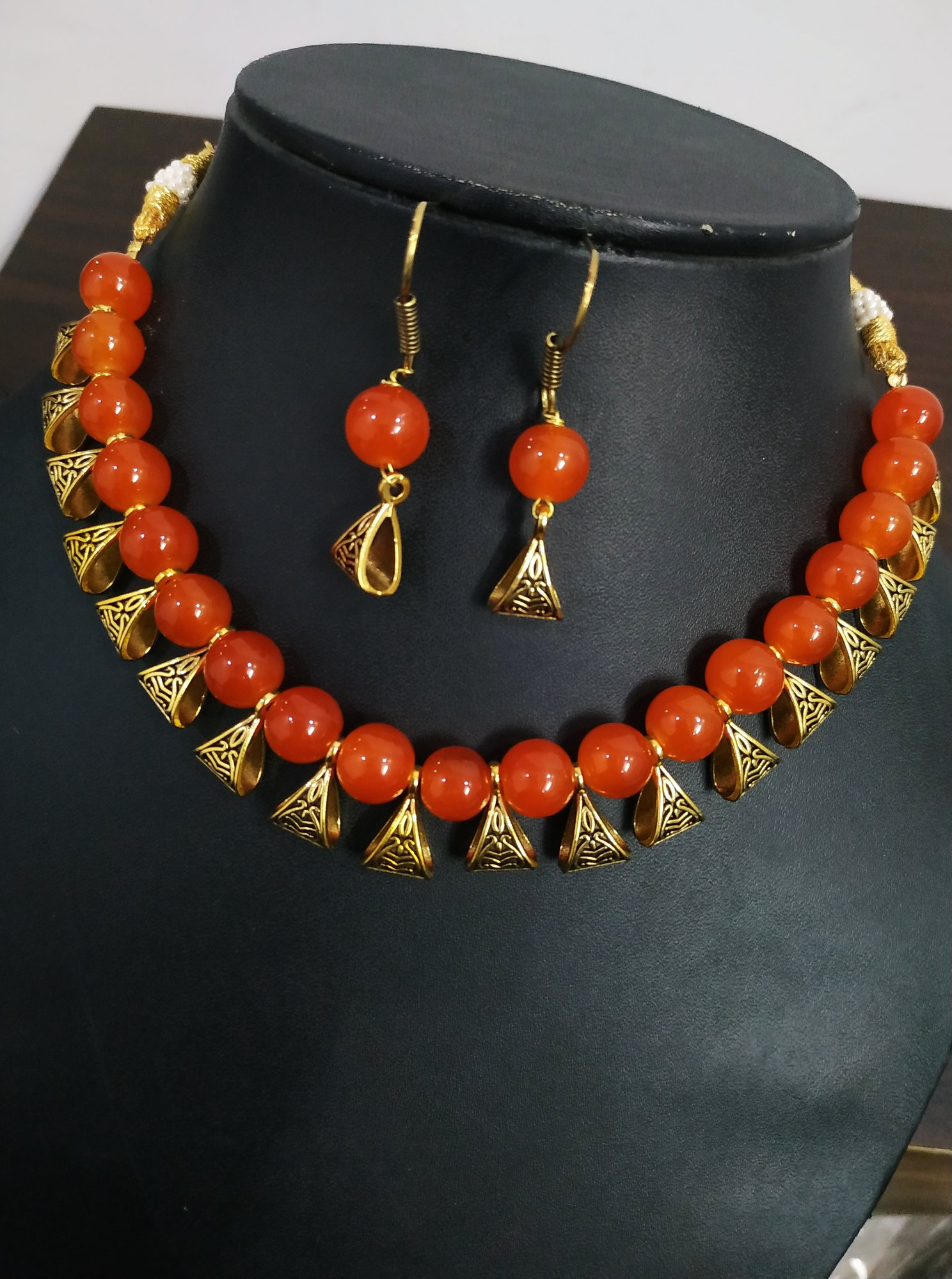 Pretty Beaded Necklace Set