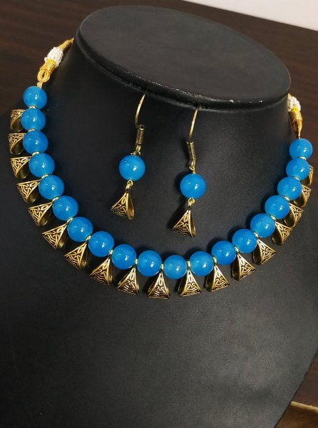 Delightful Beaded Antique loop Necklace Set