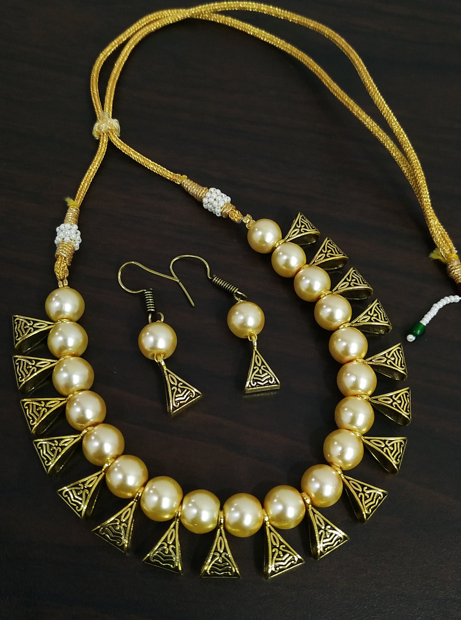 Partywear Loop Necklace Set