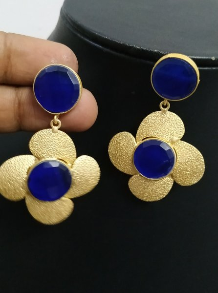 Trendy Stone Flower Earrings